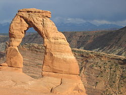 Delicate Arch in Arches National Park 3.jpg