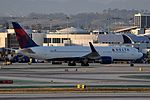 Delta Air Lines, Boeing 767-332(ER), N1608 - LAX (19661782085).jpg