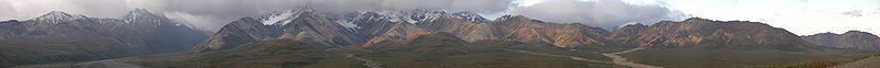 File:Denali National Park Polychrome Mountains Panorama 27193px.jpg