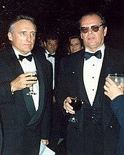 Denis Hopper (à gauche) et Jack Nicholson (à droite) lors de la 62e cérémonie des Oscars le 26 mars 1990.