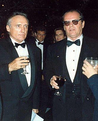 Dennis Hopper - Hopper with Jack Nicholson at the 62nd Academy Awards in 1990