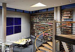 Deutsche Nationalbibliothek Frankfurt - Lesesaal (5823).jpg