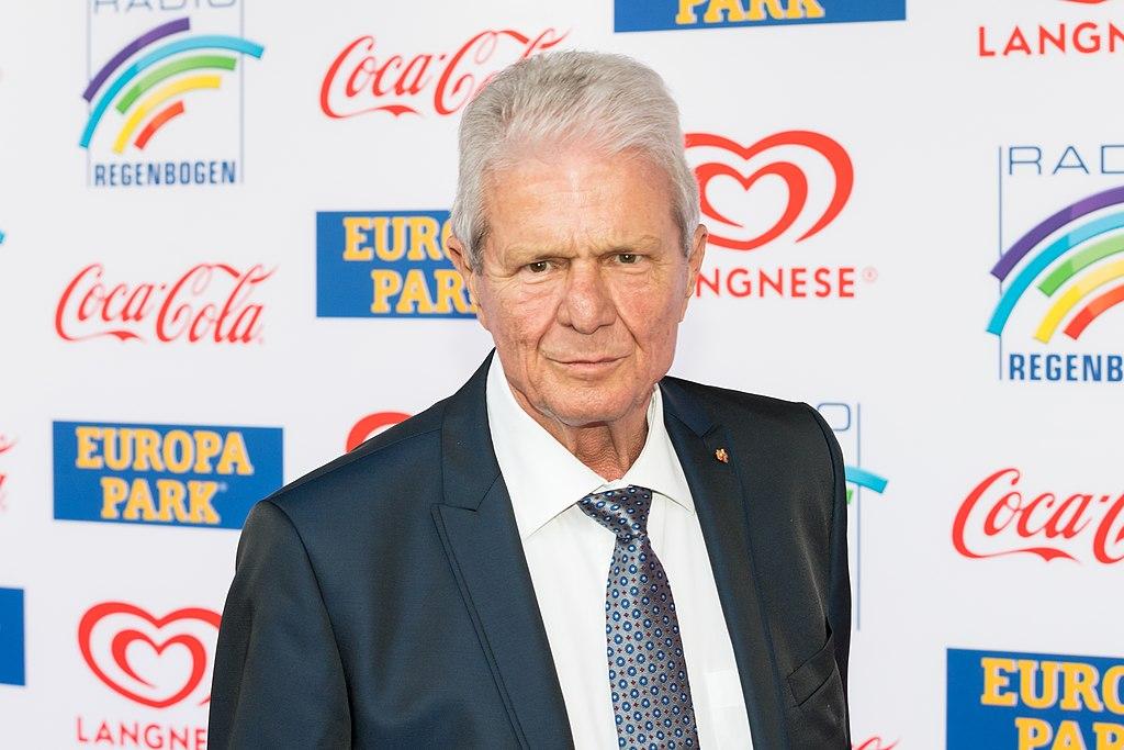 Dietmar Hopp - 2019102190137 2019-04-12 Radio Regenbogen Award 2019 - Sven - 1D X MK II - 0333 - AK8I9502.jpg