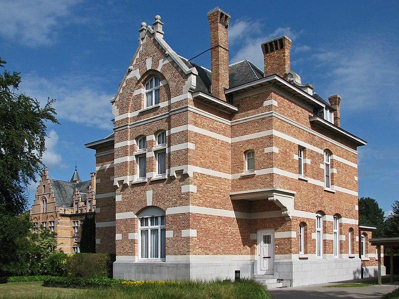 Woning van de geestelijk directeur van het Psychiatrisch Centrum Sint-Jan-Baptist