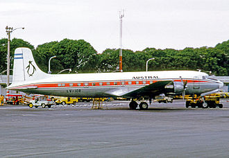 Austral Líneas Aéreas - Douglas DC-6 of Austral at Aeroparque Jorge Newbery in 1972. This aircraft served the airline from 1965.