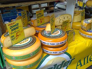 English: Different types of Dutch cheese