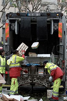 Waste collector - Wikipedia