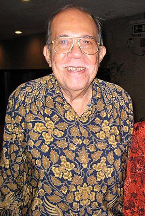 Metro Manila Film Festival Award for Best Director - Eddie Romero won in 1976 for his directing in Ganito Kami Noon, Paano Kayo Ngayon.