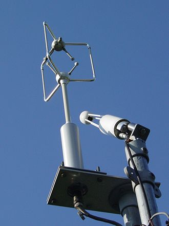 Eddy covariance - Eddy covariance system consisting of an ultrasonic anemometer and infrared gas analyser (IRGA).