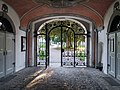 Eingangstor Schloss Salem.jpg