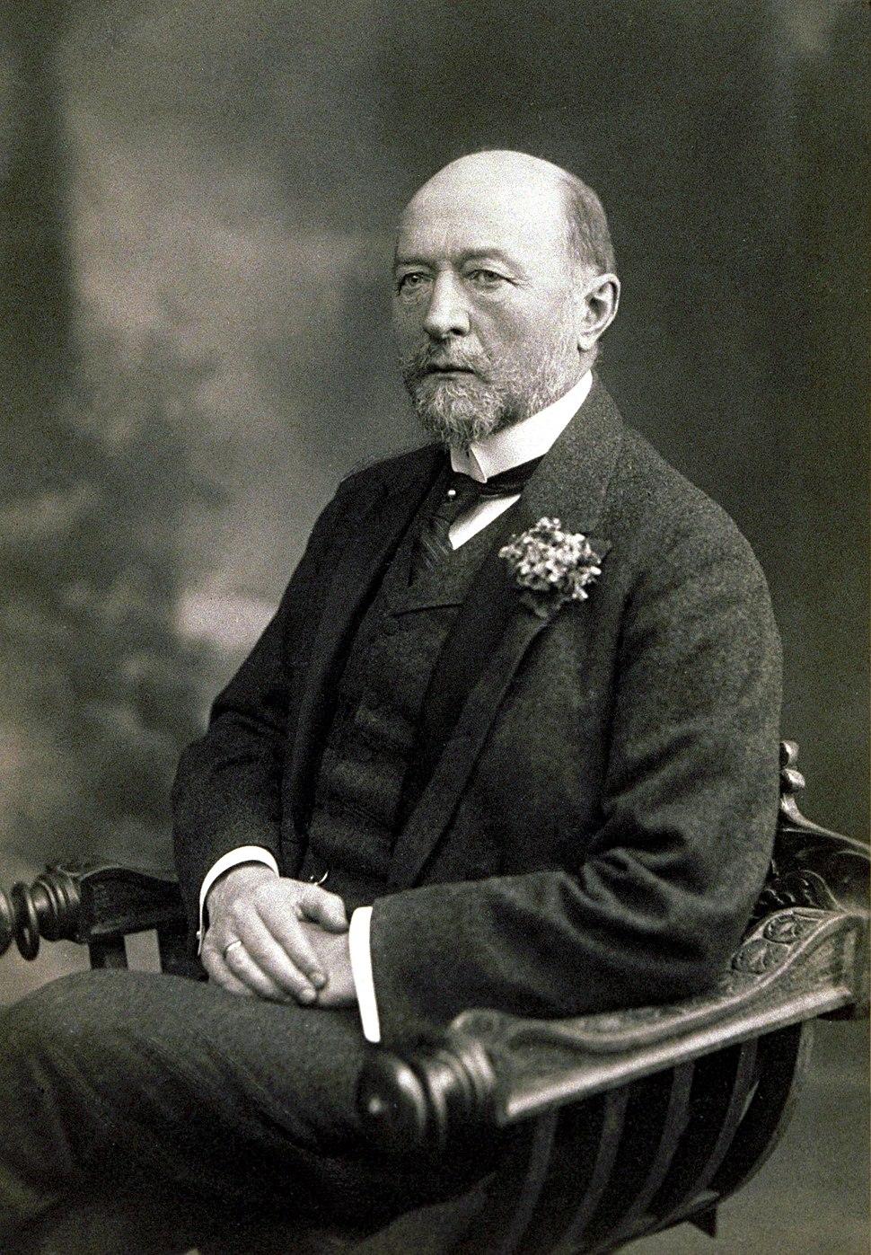 Emil von Behring sitzend