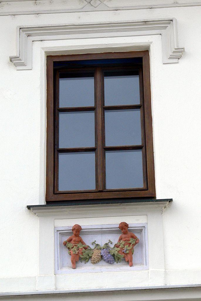 File enns schlossgasse 1 wikimedia commons for Fenster wiki