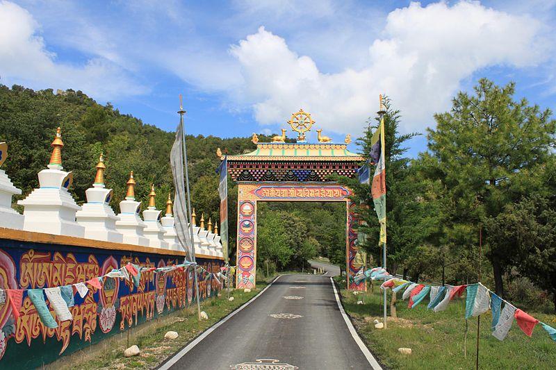 Templo Budista en Panillo (Aragón)