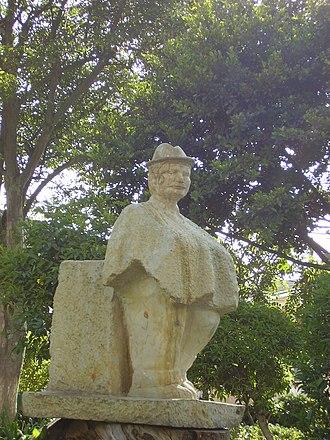 Madrid, Cundinamarca - Image: Estatua Parque Madrid