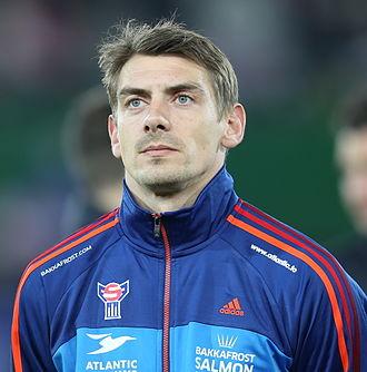 Fróði Benjaminsen - Image: FIFA WC qualification 2014 Austria vs Faroe Islands 2013 03 22 Fróði Benjaminsen 02