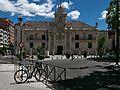Fachada principal de la Universidad de Valladolid.jpg