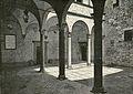 Firenze cortile della Torre del Gallo.jpg