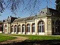 Fontaine-Chaalis (60), abbaye de Chaalis, orangerie, vue depuis le sud-est.jpg