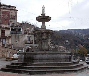 San Giorgio Morgeto - Fontana Grande, symbol of the town of San Giorgio Morgeto.