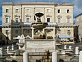 Fontana Pio IX e palazzo municipale - panoramio.jpg