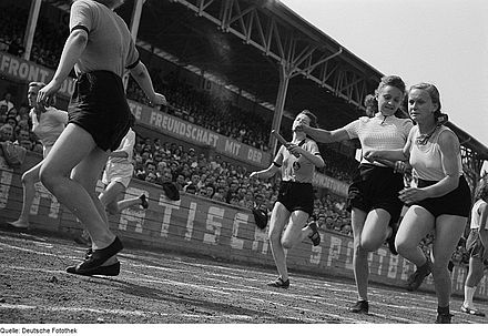 Girls handing over the baton in a relay race in Leipzig in 1950 - Track and field