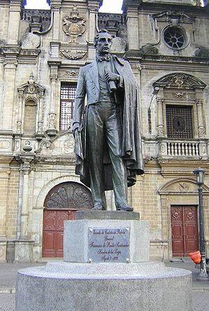 Francisco de Paula Santander - Statue of Francisco de Paula Santander in Medellín.