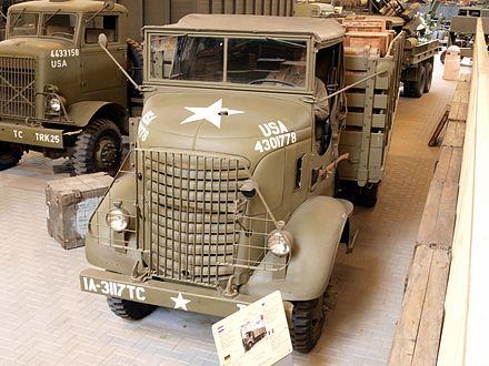 M939 5 Ton M35 Deuce FOLDING TAILGATE LADDER