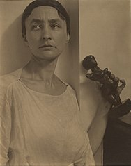 Georgia O'Keeffe with Matisse Sculpture MET DP265380.jpg
