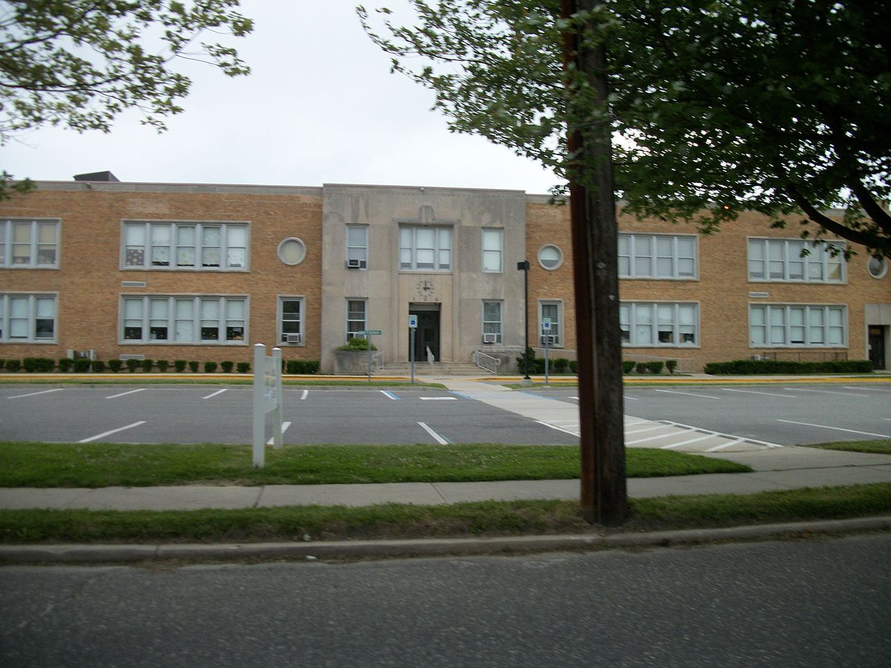 File Greene Avenue Elementary School Sayville New York