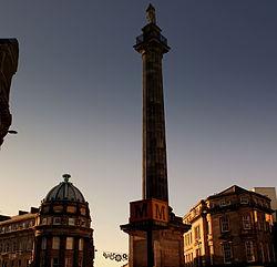 Greys Monument, Newcastle upon Tyne, 7 November 2013.jpg
