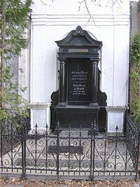 Grobowiec-Lassal.jpg