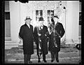 Group at White House, Washington, D.C. LCCN2016890328.jpg