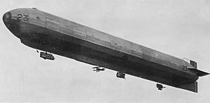 23-class airship - 23r with underslung Sopwith Camel