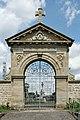 Haillainville, cimetière, portail 01.jpg