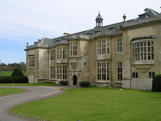 Hartwell House, Buckinghamshire, Louis XVIII's court-in-exile from 1808 until the Restoration Hartwell House, Bucks.jpg