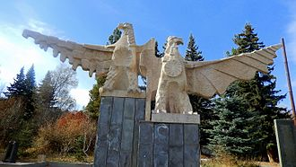 Tsaghkadzor - The hawk sculpture at the central Tsaghkunyats Square