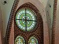 Heiligendamm Herz-Jesu-Kapelle Fenster 2.jpg
