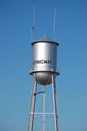 Hemingway, South Carolina - Photo of water tower in downtown Hemingway, SC