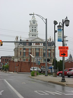 Ohio State Route 110 - The western terminus of SR 110 is in front of the Henry County Courthouse in Napoleon. The 2009 photo also shows signage for the former SR 424.