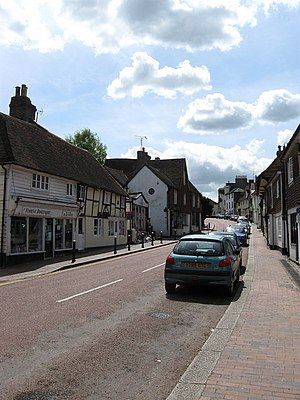 Robertsbridge - Image: High Street geograph.org.uk 1285266