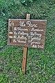Hiking signpost Saint-Gervais-les-Bains.JPG