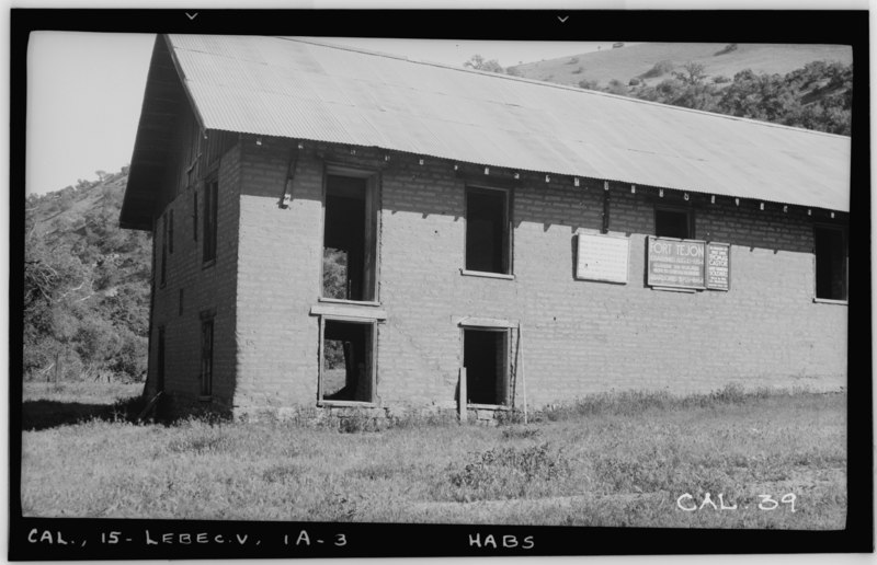 File:Historic American Buildings Survey Photographed by Henry F. Withey May, 1937 BARRACKS BUILDING -1, VIEW FROM NORTHWEST - Fort Tejon, Barracks Number One, Highway 99, Lebec, HABS CAL,15-LEBEC.V,1A-3.tif