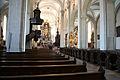 Hofkirche innen nach vorne 1370.jpg