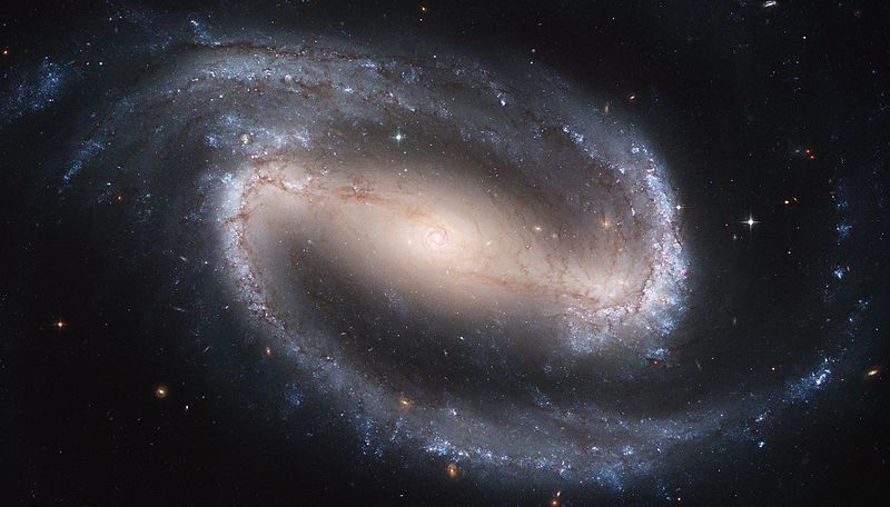 File:Hubble2005-01-barred-spiral-galaxy-NGC1300.jpg