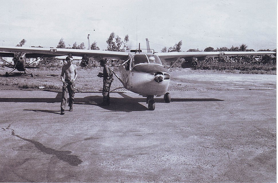 Hue Airfield 0-2 Taxiing, July - August 1967
