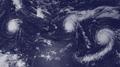 Hurricanes Kilo, Ignacio and Jimena Surround Hawaii (21047744011).png