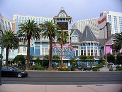 Casino Royale Hotel Casino Wikipedia