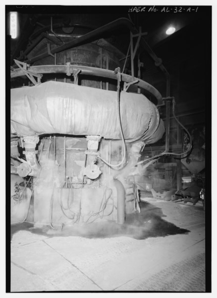 File:INTERIOR VIEW WITH BASE OF CUPOLA SHOWING BUSTLE, TUYERES AND WATER CASCADE. - United States Pipe and Foundry Company Plant, Melting and Treatment Areas, 2023 St. Louis Avenue at HAER ALA,37-BES,6A-1.tif