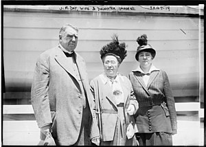 James Roscoe Day - Day and family in 1914