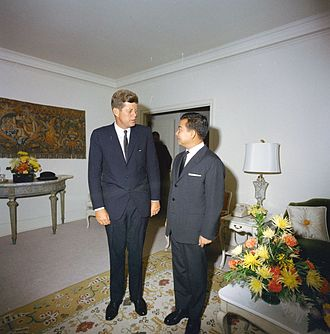 Norodom Sihanouk - Sihanouk with US President John F. Kennedy in New York City on 25 September 1961